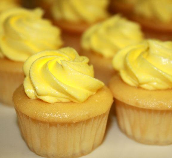 Mini Limoncello Cakes